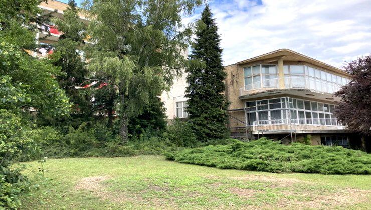 Gólyatábor - Balatonfüred Ifjúsági Hotel, kert