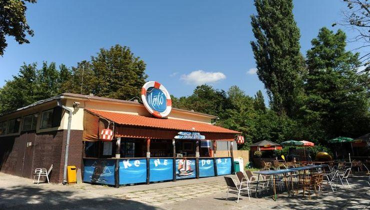Gólyatábor - Balatonkenese Ifjúsági Hotel - büfé