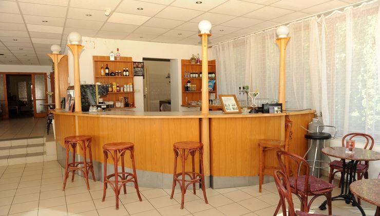 Gólyatábor - Balatonkenese Ifjúsági Hotel - recepció