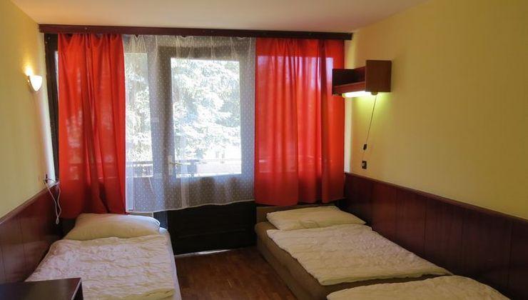 Gólyatábor - Balatonszárszó Ifjúsági Hotel és Tábor - Szállás