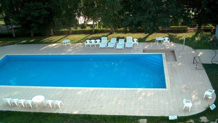 Gólyatábor - Balatonszárszó Ifjúsági Hotel és Tábor - medence 3