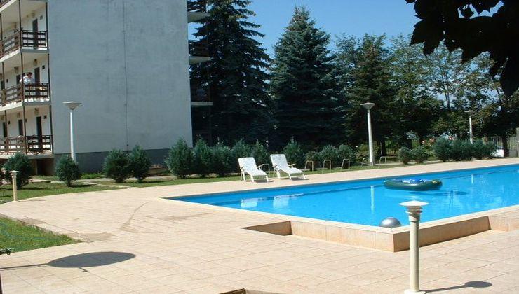 Gólyatábor - Balatonszárszó Ifjúsági Hotel és Tábor - medence