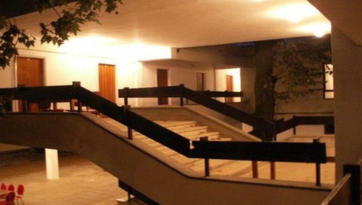 Gólyatábor - Balatonszemes Üdülő Tábor - lépcsőház