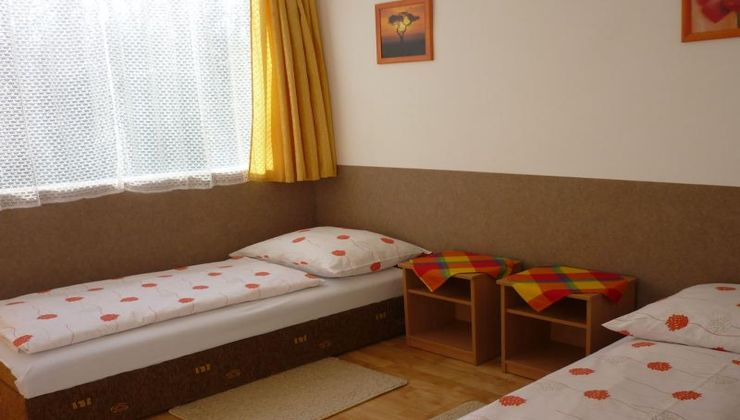 Gólyatábor - Siófok Ifjúsági Hotel - Tábor - Szállás 2
