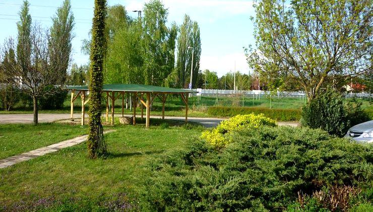 Gólyatábor - Siófok Ifjúsági Hotel - Tábor - kert 3