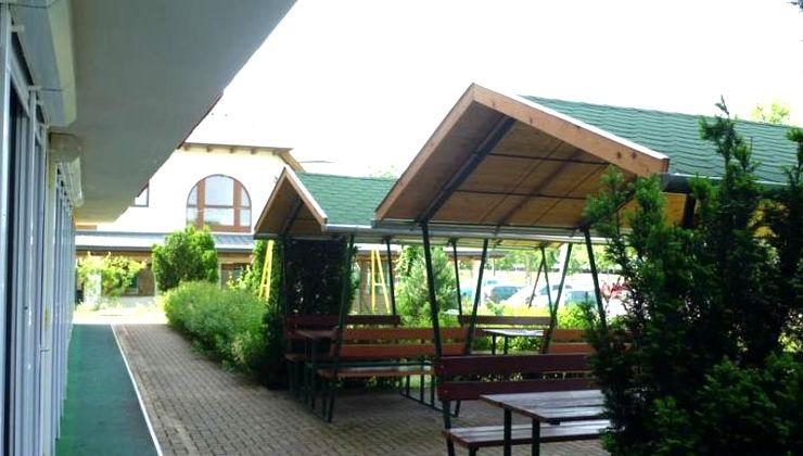Gólyatábor - Siófok Ifjúsági Hotel - Tábor - kiülők