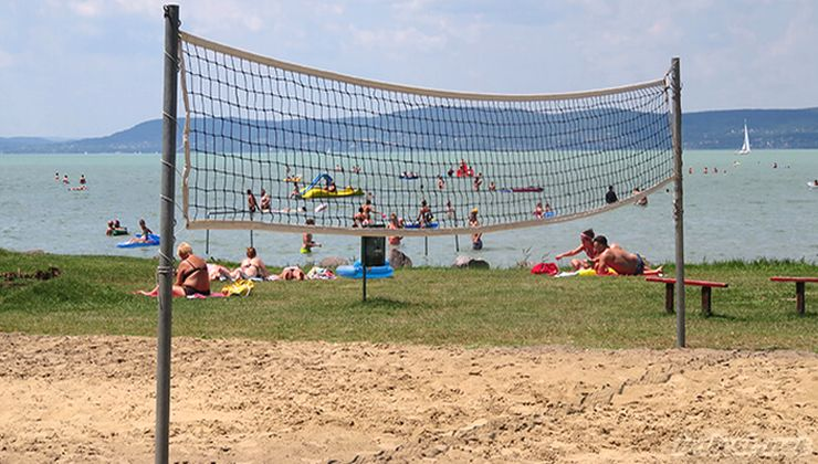 Gólyatábor helyszínek - Balatonszemes P. Ifjúsági Tábor - strand