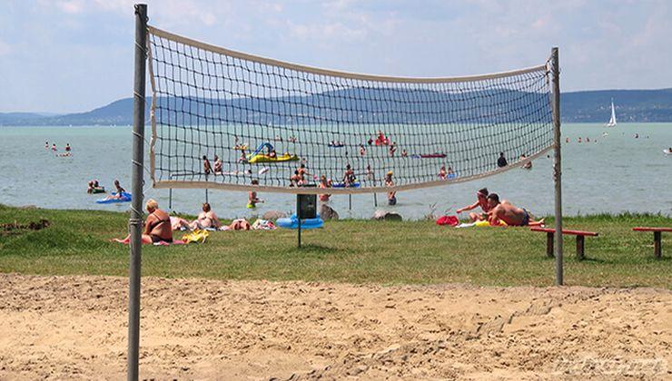 Gólyatábor helyszínek - Balatonszemes Üdülő Tábor - strand