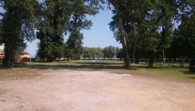 Gólyatábor - Fonyód Ifjúsági Tábor - udvar